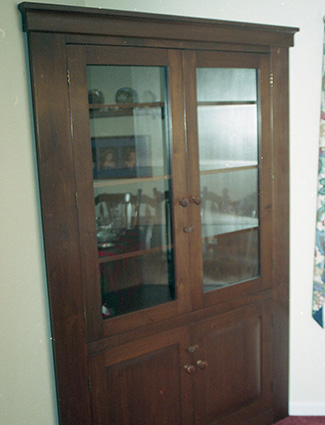 Corner Hutch. This Cabinet Though Freestanding Gives A Built In ...